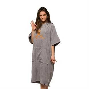 GIANT STRIDE PONCHO GREY